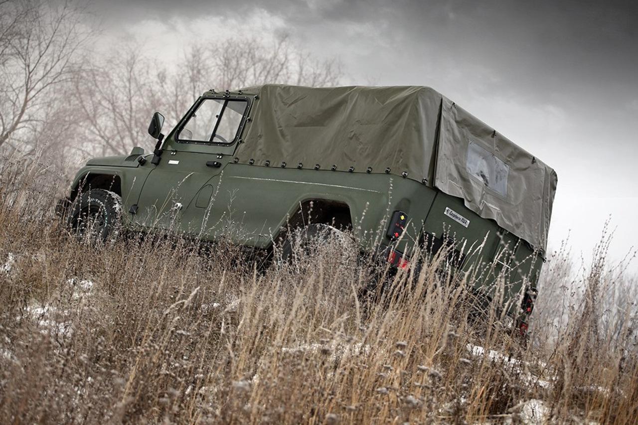Военный автомобиль похожий на уаз фото