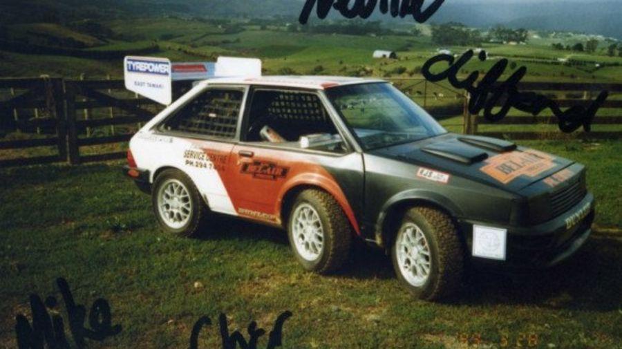Шестиколесный гоночный монстр из 80-х с двумя роторными моторами от RX-7 когда то был Mazda 323