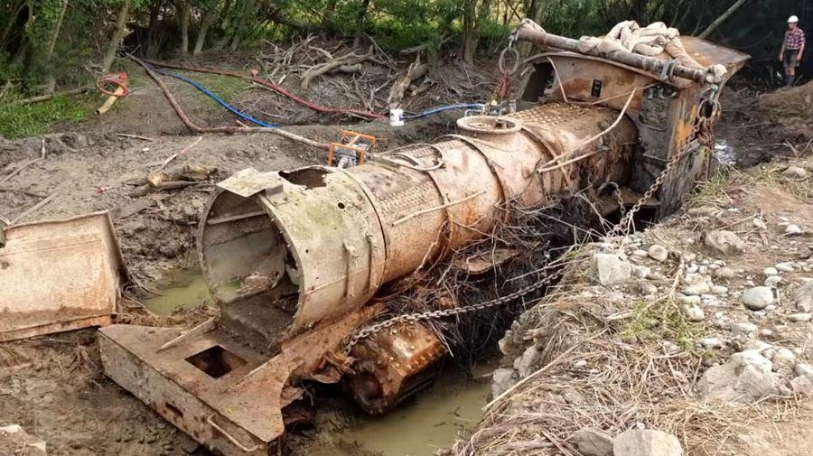 В реке нашли паровоз 1885 года выпуска, пролежавший в ней почти 100 лет