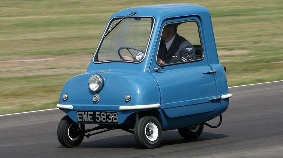 """""""Супермобильность"""" от Peel P50 - самый маленький серийный автомобиль."""