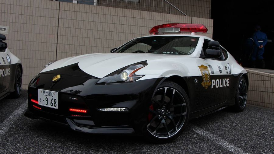 Tokyo Police Gets These Cool Nissan 370Z Nismos