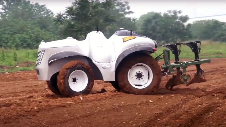 Китайцы сделали электрический трактор без кабины на водороде, который использует 5G