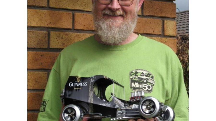 Модели автомобилей из алюминиевых банок