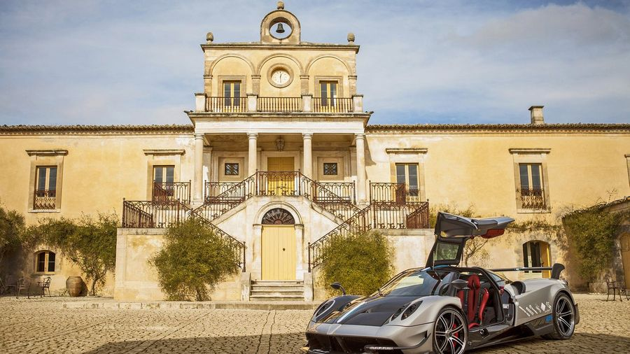 Pagani Launches Lighter Huayra BC With 789hp And Carbon Everything