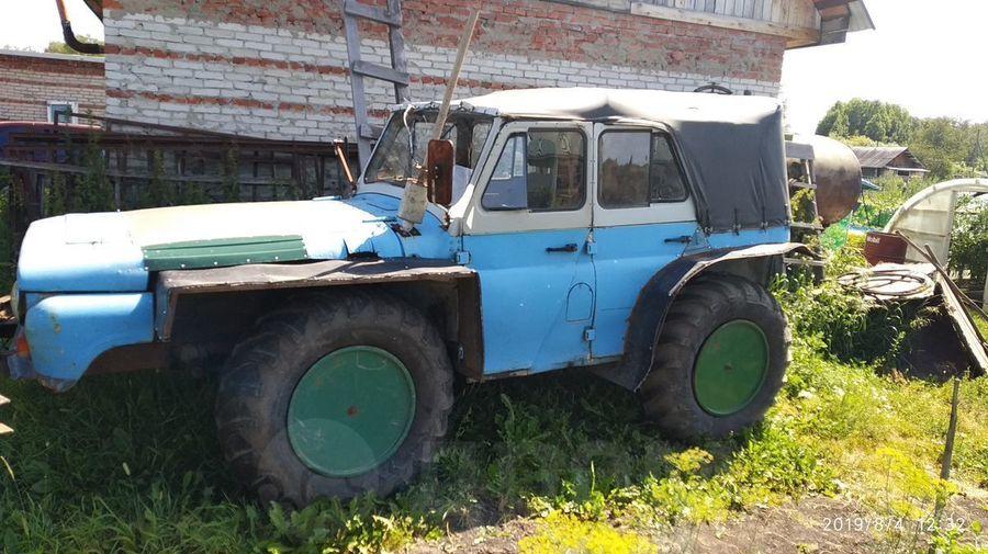 В Томске продают УАЗик с правым рулем и очень длинной передней частью