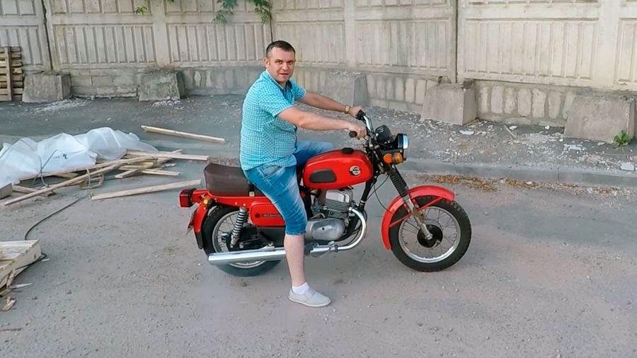 В городе Энгельс нашли мотоцикл Восход-3М с пробегом 85 километров