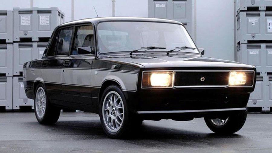 Вы наверное уже не помните о потрясающей Lada Lotus, построенной в шоу Top Gear