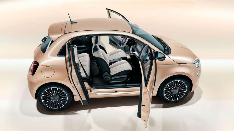 Модельный ряд Fiat 500 пополнился версией 3 плюс 1 с четвертой дверью