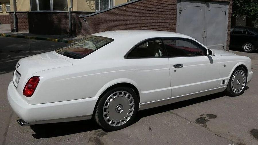 В Нижнем Новгороде продают редкий Bentley Brooklands Coupe (таких всего 550)