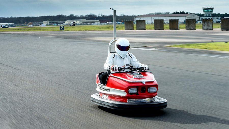 Стиг из Top Gear установил рекорд скорости на бампер-каре