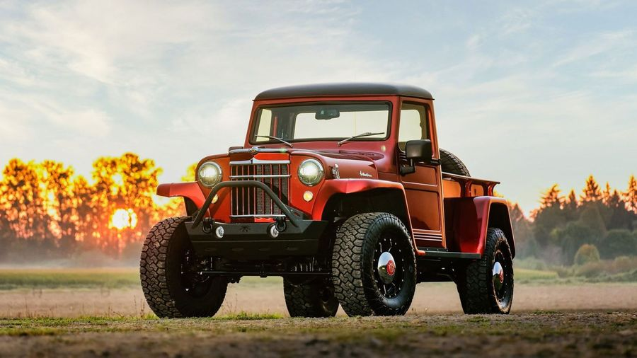 Этот пикап Willys 1955 года получил шасси и двигатель от современного Jeep Wrangler