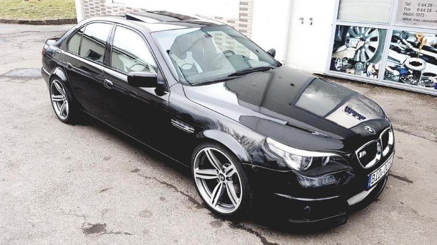 Кто-то переделал великолепный BMW E39 M5 в уродливый E60, заплатив при этом кучу денег