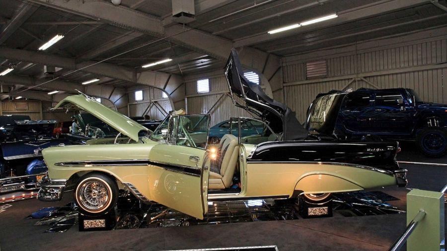 Стильный кабриолет Chevrolet Bel Air 56-ого поразит вас своим изяществом