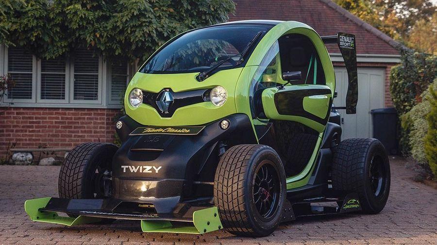 Британский тюнер сделал реплику Renault Twizy F1, которая выглядит очень круто