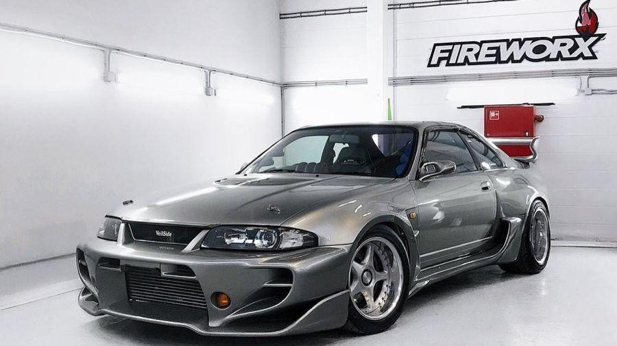 За Nissan Skyline GT-R 1995 года с необычным тюнингом просят больше, чем за новенький GT-R