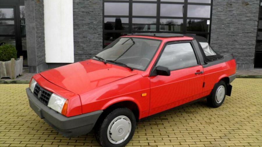 Капсула времени: В Бельгии продают совершенно новый кабриолет Lada Bohse Safari без пробега