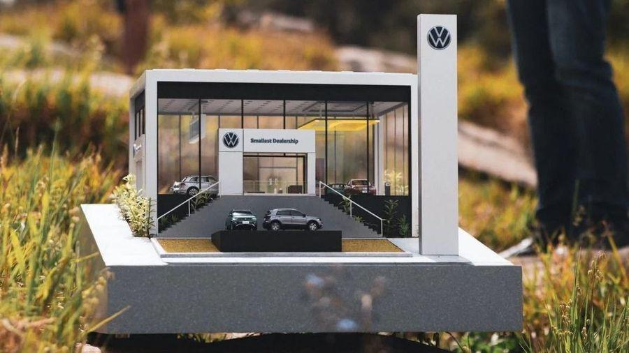Volkswagen построил самый маленький автосалон в мире