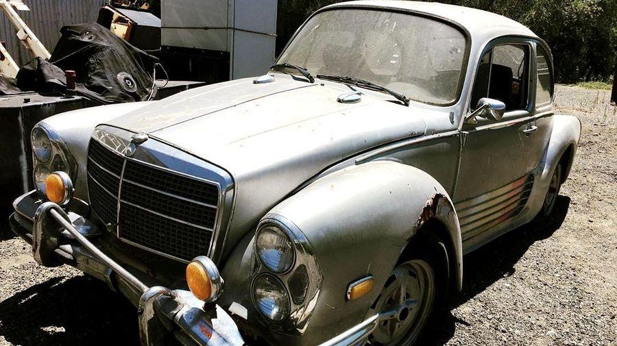 На свалке в Германии сфотографировали результат скрещивания Volkswagen Beetle и Mercedes-Benz