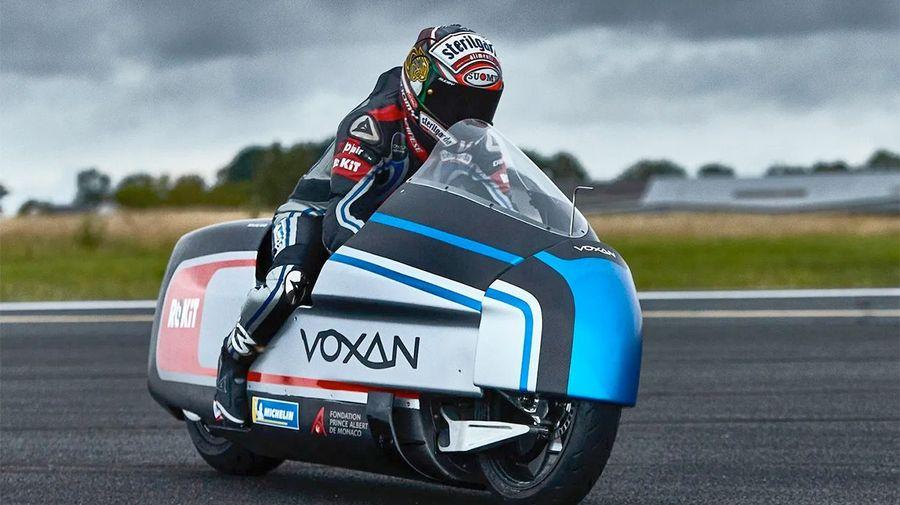 Электробайк Voxan Wattman с сухим льдом вместо радиатора поборется за рекорд скорости