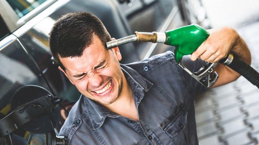 Определена стоимость бензина без налогов — 14 рублей 38 копеек