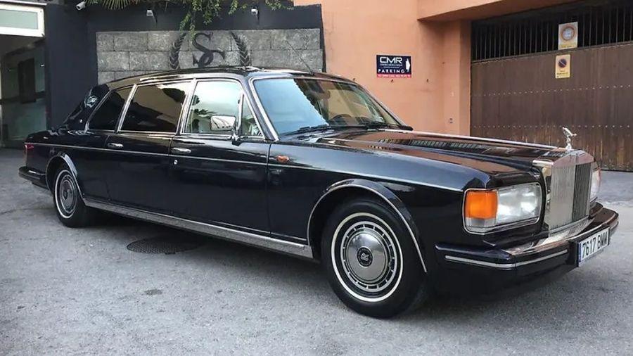 На продажу выставили очень редкий лимузин Rolls-Royce