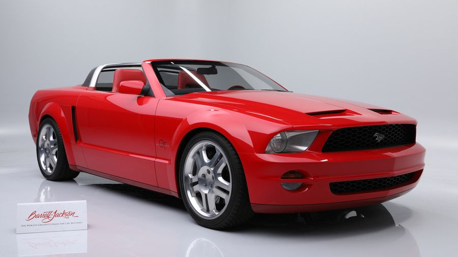 Концепт-кар Ford Mustang GT Convertible 2003 года продадут на аукционе