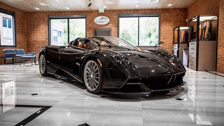 Эксклюзивный Pagani Zonda Roadster знает, как забрать ваши 2 миллиона долларов США