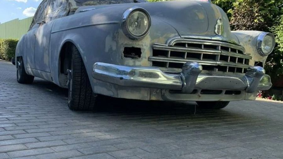 Недостроенный ГАЗ-12 ЗИМ на базе Mercedes-Benz W140 продают за 2 млн рублей