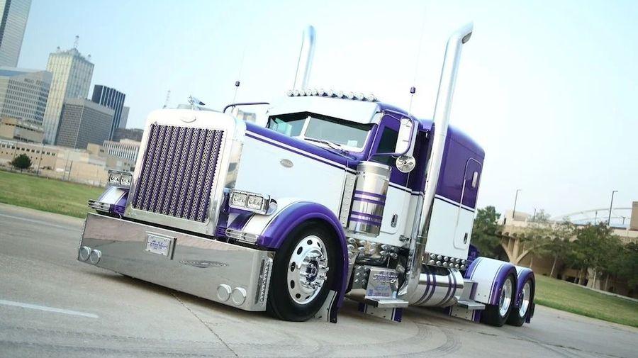 14 идеально доработанных американских грузовиков Peterbilt