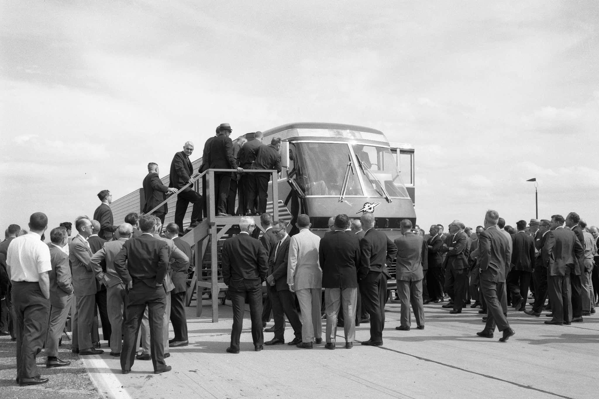 Выставка в Нью-Йорке. 1964 год. Грузовик Ford Big Red