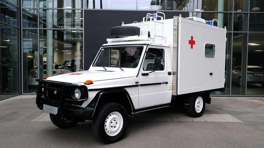 В Германии продают редкий медицинский Puch 290 GD из военных запасов
