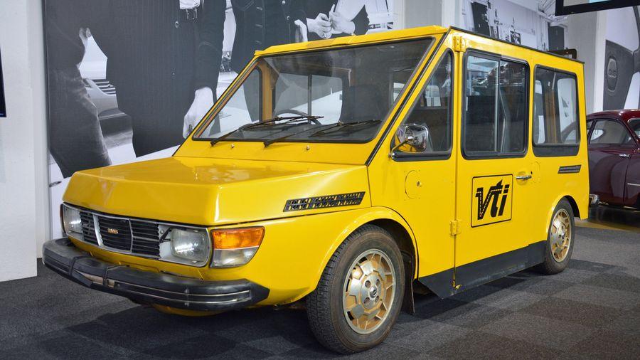 Электрический прототип фургона от Saab, которого компания стеснялась