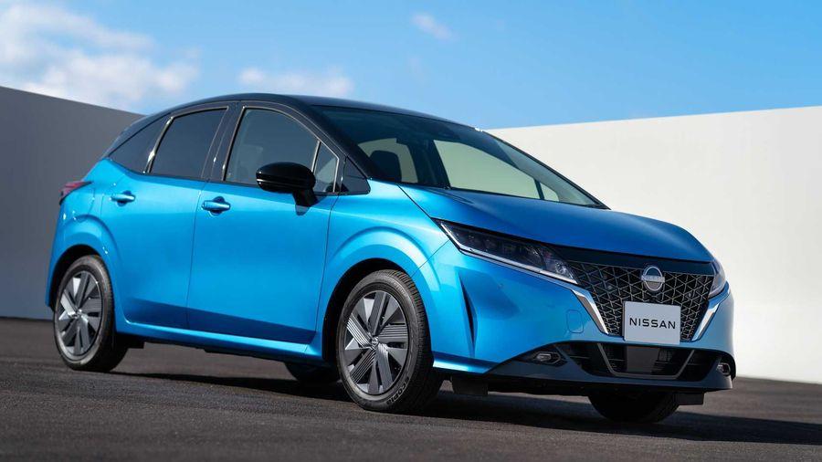 Nissan презентовал в Японии новый Note с электрифицированной трансмиссией