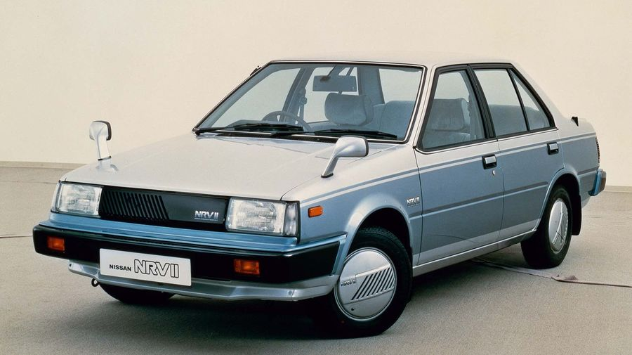 Концептуальный Nissan NRV II сочетал в себе современные технологии и внешность 80-х годов
