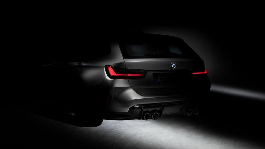 BMW решились на выпуск M3 Touring и показали первый официальный тизер