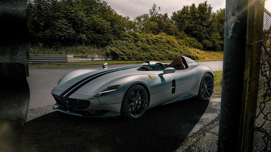 Novitec оснастил Ferrari Monza SP1 выхлопной системой с покрытием из золота
