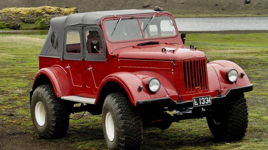 Джиппер из Исландии поставил под капот ГАЗ-69А американский V8