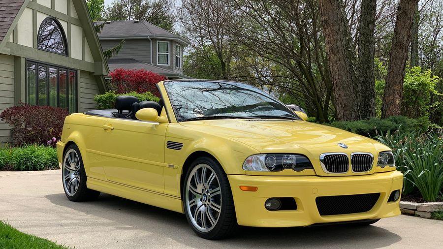 Кому BMW M3 Convertible в идеальном состоянии и с минимальным пробегом?