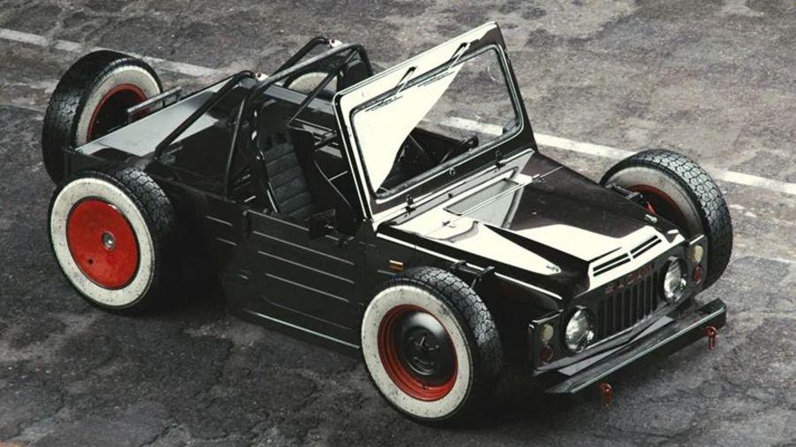 Suzuki Jimny конца 70-х превратился в стильный рэтрод