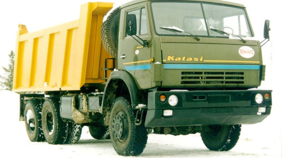 Как КамАЗ скрестили с Tatra: грузовики словацкого бренда Katasi