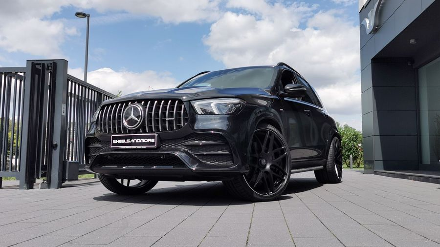 Тюнинг-ателье Wheelsandmore «раскочегарило» Mercedes-AMG GLE 63 до 920 л.с.
