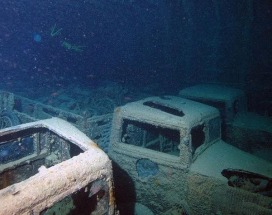 набережной есть затонувшие автомобили фото часто бывал около