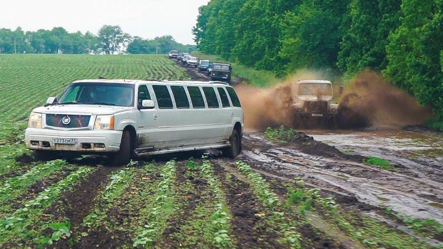 Посмотрите, на что способен лимузин Cadillac Escalade на жестком бездорожье