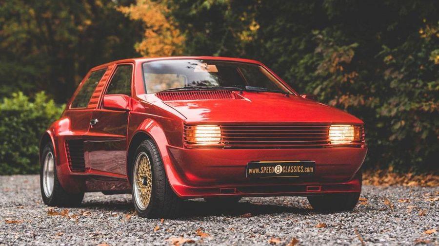 Среднемоторный концепт Sbarro Super Eight с двигателем Ferrari V8 выставили на продажу