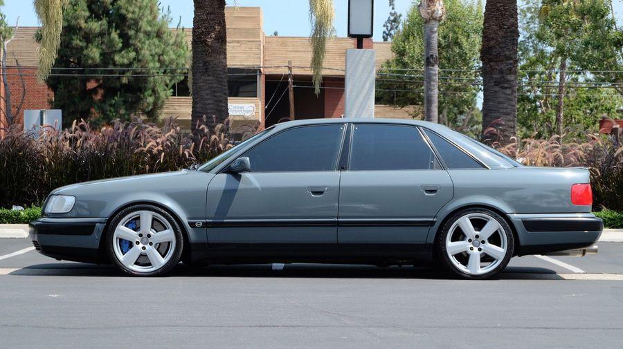 1993 Audi 100 S4 получил интересные визуальные и технические доработки