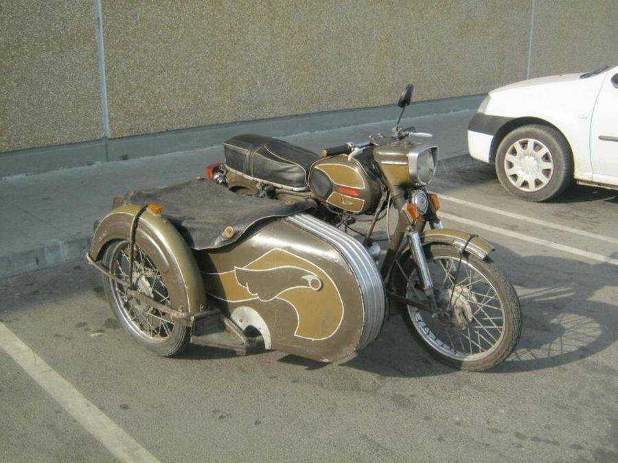 Les motos roumaines 644f6216_medium