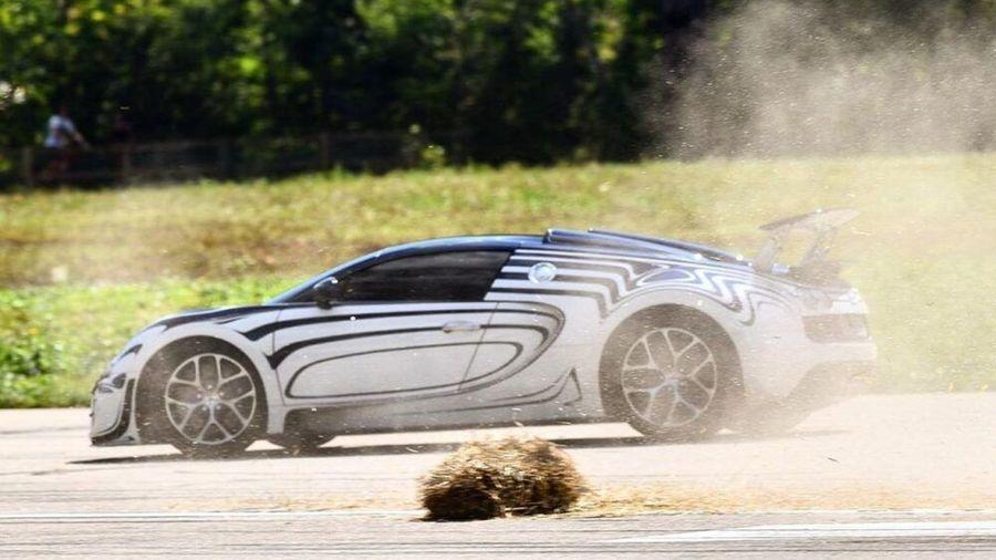Единственный в своём роде Bugatti Veyron Grand Sport Vitesse разбили во время гонок