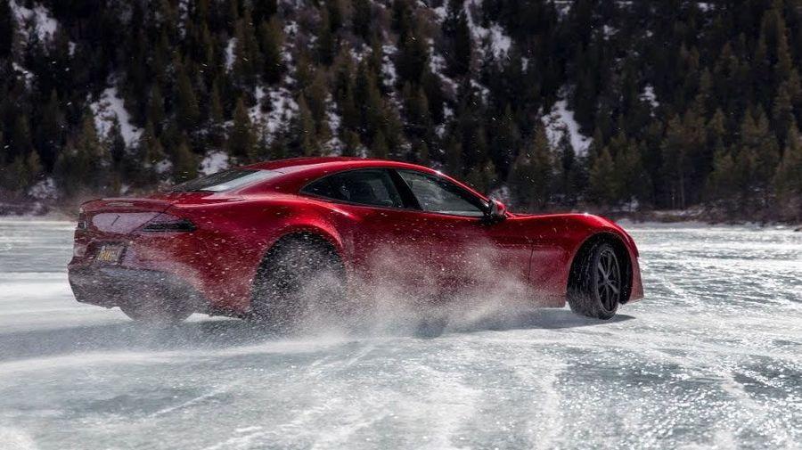 Посмотрите, на что способен 1200-сильный Drako GTE на льду замерзшего озера