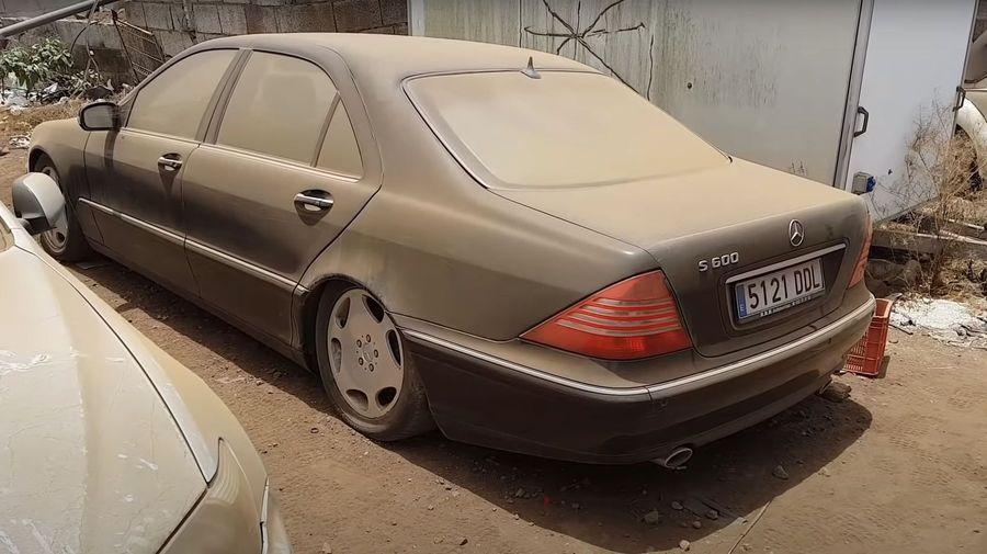 Посмотрите на попытки завести Mercedes-Benz S600, стоявший много лет без движения