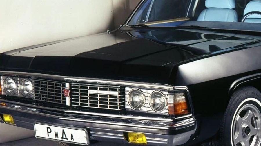 Посмотрите на ГАЗ-14 «Чайка», доработанный в начале 90-х в тюнинг-ателье РИДА